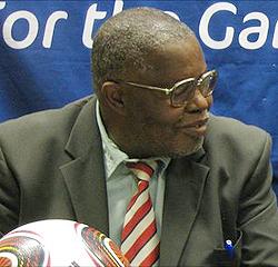 ZIFA ignore Dynamos referee pressure