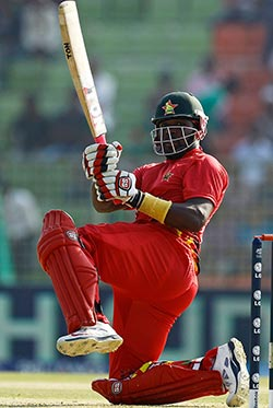 Zim fall to luck of the Irish in T-20 opener  Disappointment … Zimbbabwe players react after Ireland win the match with a stolen bye off the last ball
