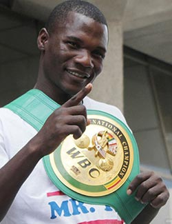 Manyuchi sets  sights on Mayweather