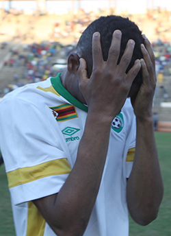 Disjointed Warriors crash out of Afcon qualifiers  Dejected … Hardlife Zvirekwi and Milton Ncube show their disappointment after the game