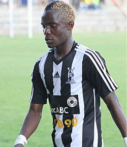 Mahachi in tears after Triangle injury