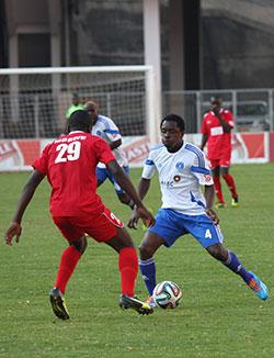 Dynamos scrap past Black Rhinos  Scoring return … Roderick Mutuma tries to dribble his way past a Rhinos player