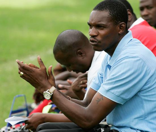 Mapeza  replaces Mutasa at FC Platinum