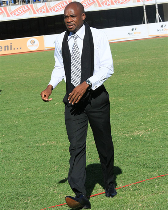 Kaindu flees as Highlanders hammered  Mayhem … Highlanders players try to protect themselves from objects thrown by fans