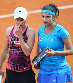 Cara, Sania lose China final, part ways