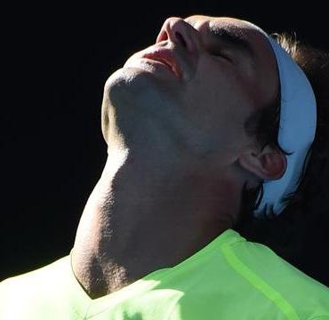 Australian Open: Roger Federer crashes out  Utter agony … Roger Federer crashes out to Andreas Seppi