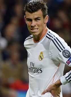 Furious  Real Madrid fans call for Gareth Bale's head