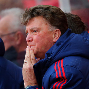 Louis van Gaal in suspense as Chelsea loom