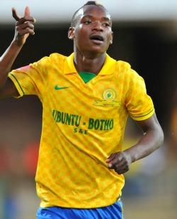 Sundowns coach lauds Khama Billiat, says warriors midfielder has the best attacking attributes
