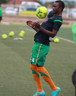 FC Platinum defender Katebe returns to Zambia