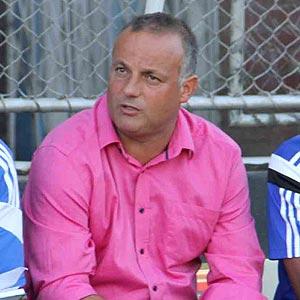 Dynamos coach Silva sitting on knife edge