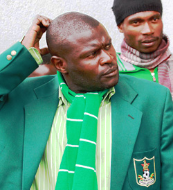Fans bay for coach Chitembwe's blood as Caps United held by Hwange