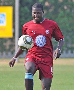 Oscar Machapa tips  caps to win league title