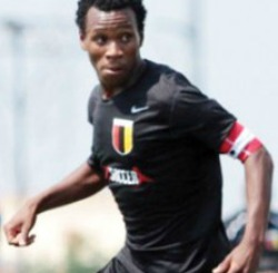 Warriors and ex-Bosso defender, Hadebe, impresses at Kaizer Chiefs