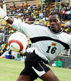 Kapini warry of Warriors' preparedness for Gabon, challenges Pasuwa to fix problems