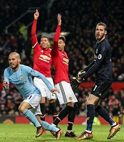 Manchester derby: Jose Mourinho has water & milk thrown at him in row, Mikel Arteta cut