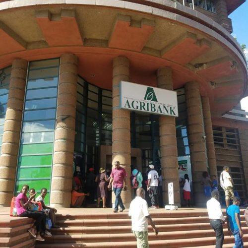 Banks tighten grip on loan books