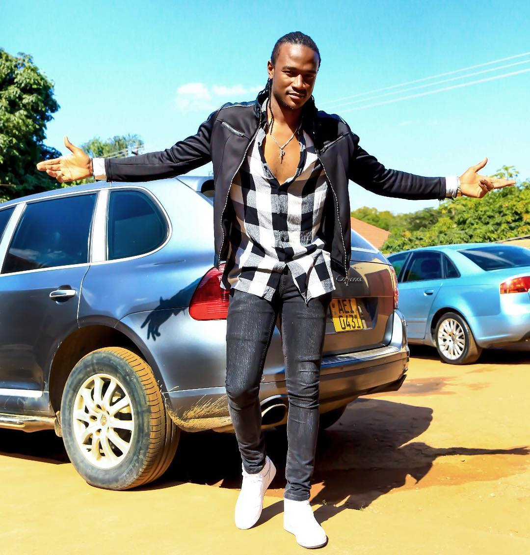 Jah Prayzah makes people dance