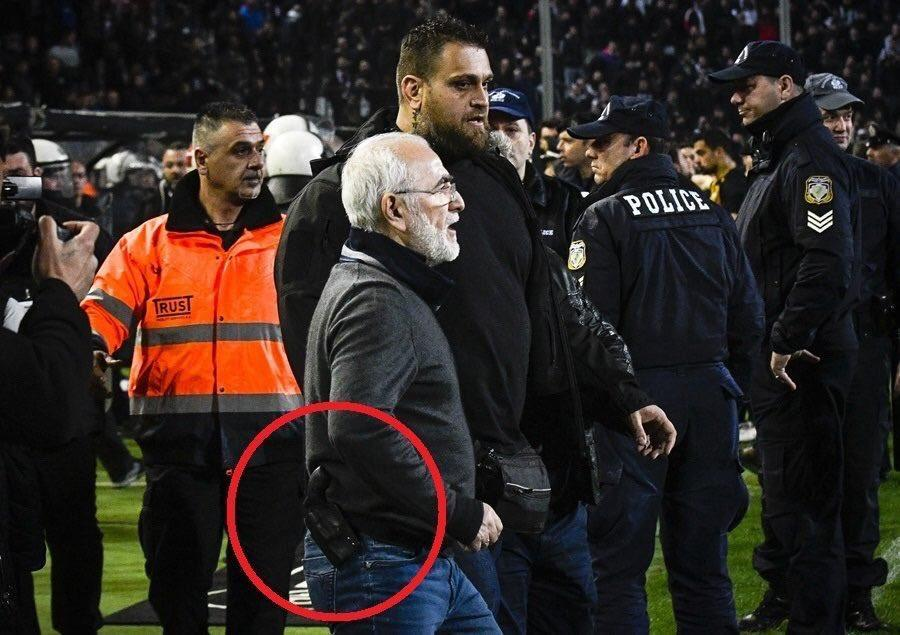 Greek Super League suspended after PAOK Salonika president invades pitch with gun