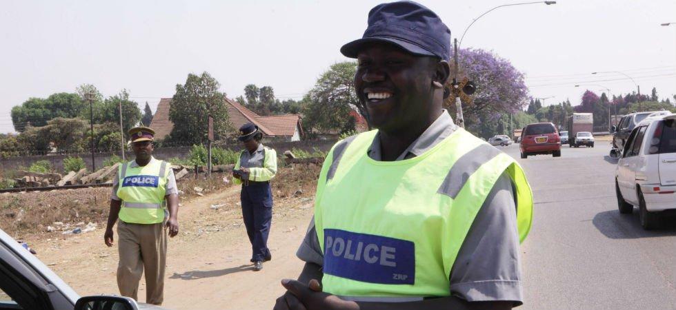 Mnangagwa says drivers doing well without roadblocks