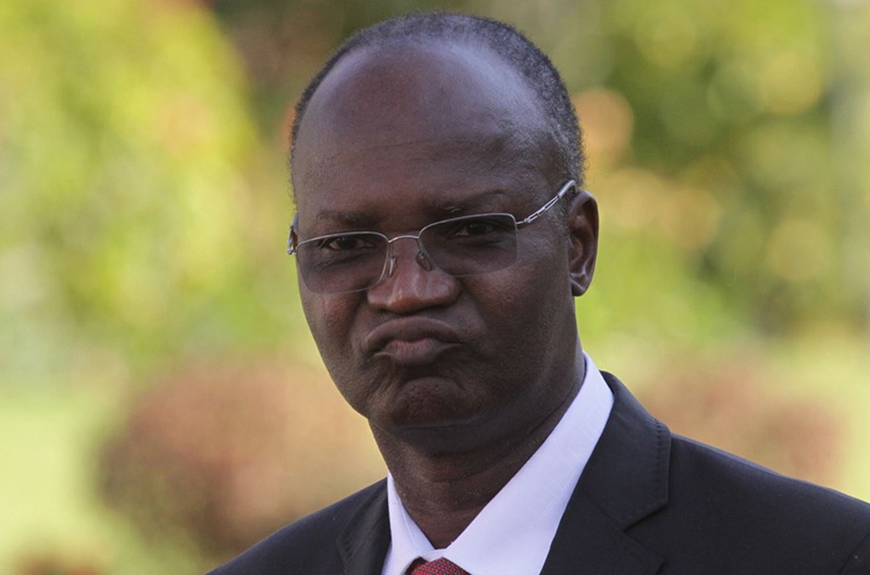 Jonathan Moyo seeks out of court settlement with Chiwenga