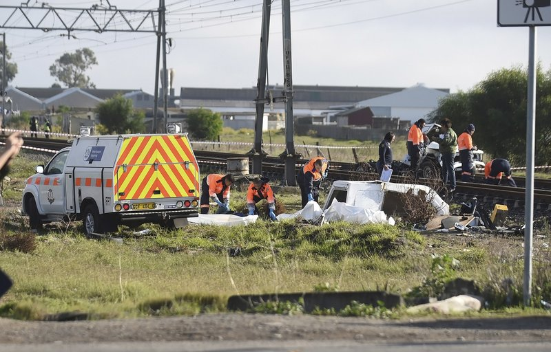 7 dead as South African railway crossing sees second such crash