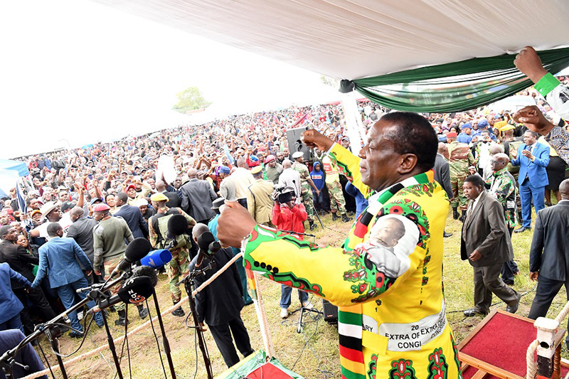 ED defies own ban on gatherings, addresses 'thousands' in Nyanga rally