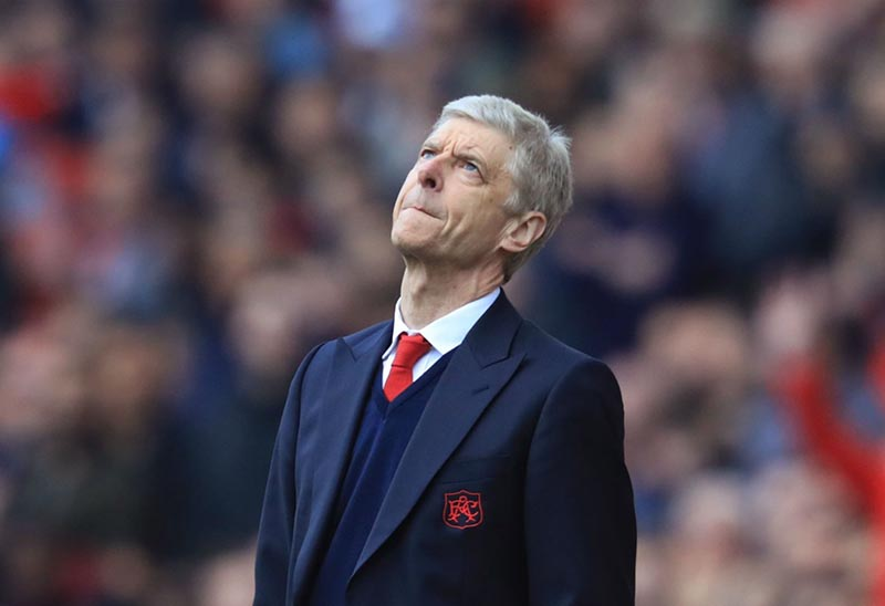 'Sad' Wenger laments missed chances for Arsenal
