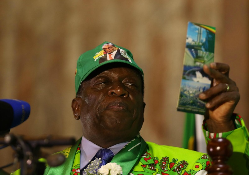 Mnangagwa throws Mutsvangwa under the bus