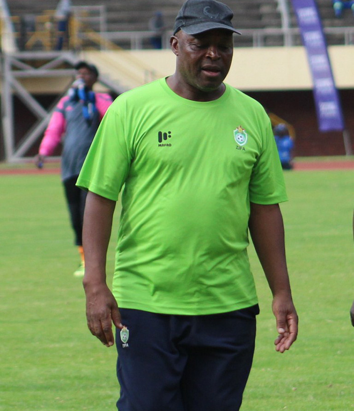 Warriors coach Chidzambwa throws in the towel as Ngodzo briefly joins camp