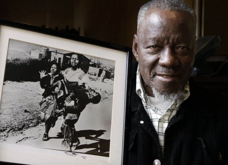 South African photographer of iconic protest image dies