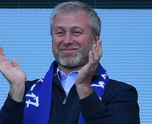 Kremlin rages as the UK sits on Abramovich's visa application
