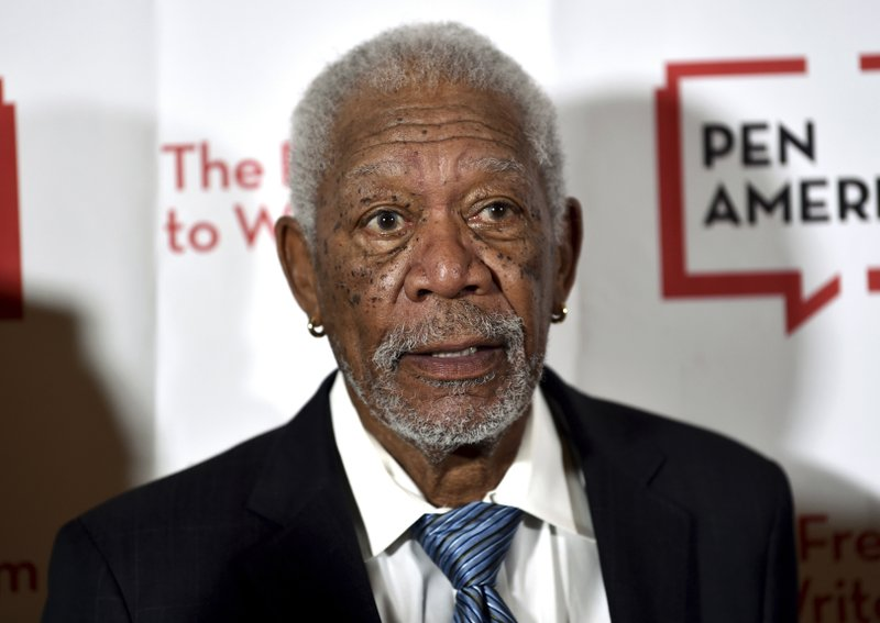 Morgan Freeman apologizes after sexual harassment claims
