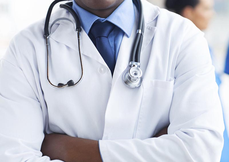 Senior doctors join strike