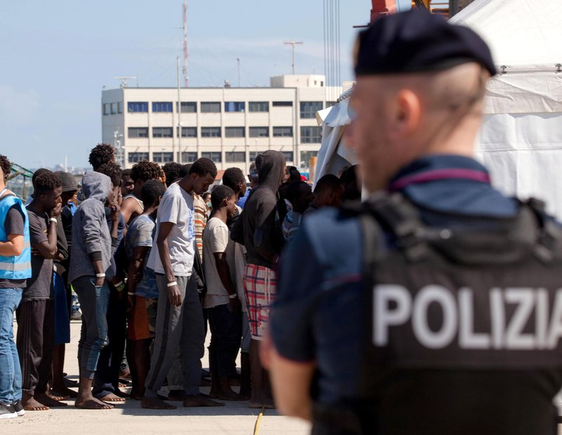 African migrants stranded at sea as Italy-Malta standoff escalates
