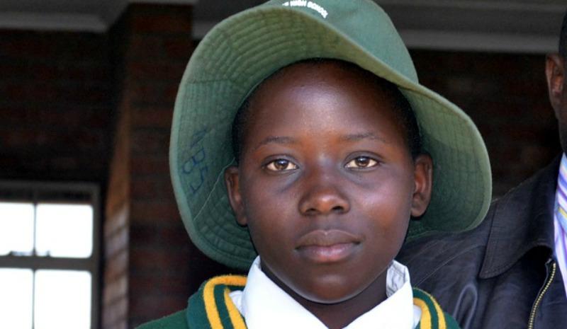 Bulawayo girl saves lives of 300 train passengers, NRZ adopts her