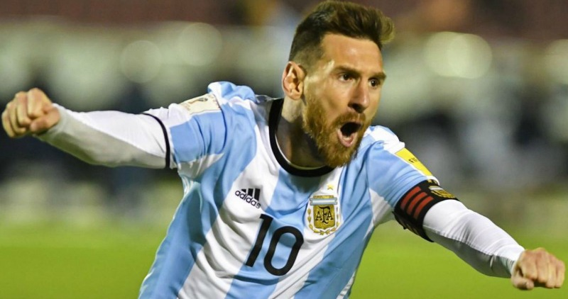 Fabulous Messi on target as Argentina beat Nigeria to set up France last 16 tie