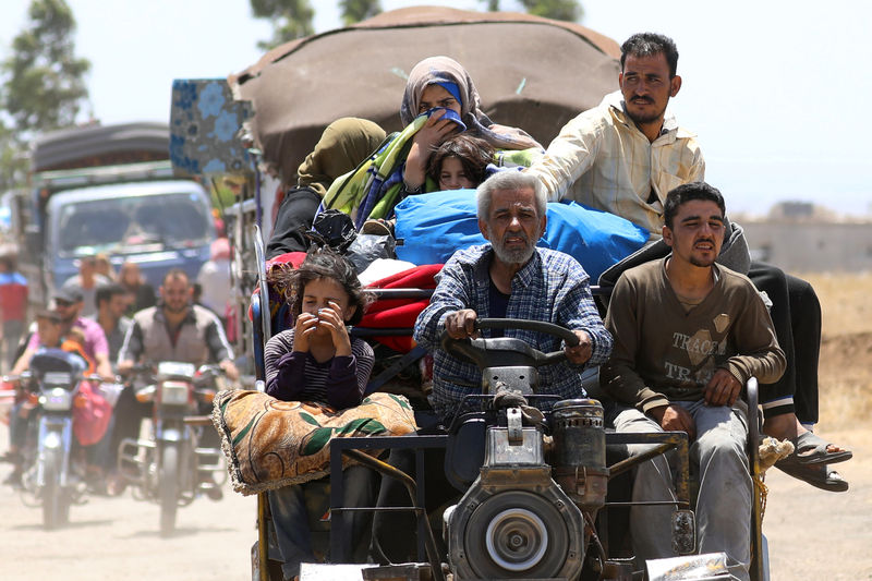 Over 270,000 displaced by south Syria violence, UN says