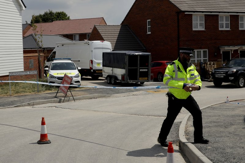 UK police race to find source of new nerve agent poisoning