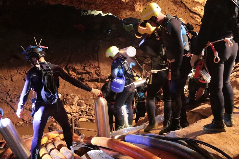 Conditions 'perfect' for evacuation of Thai boys in cave