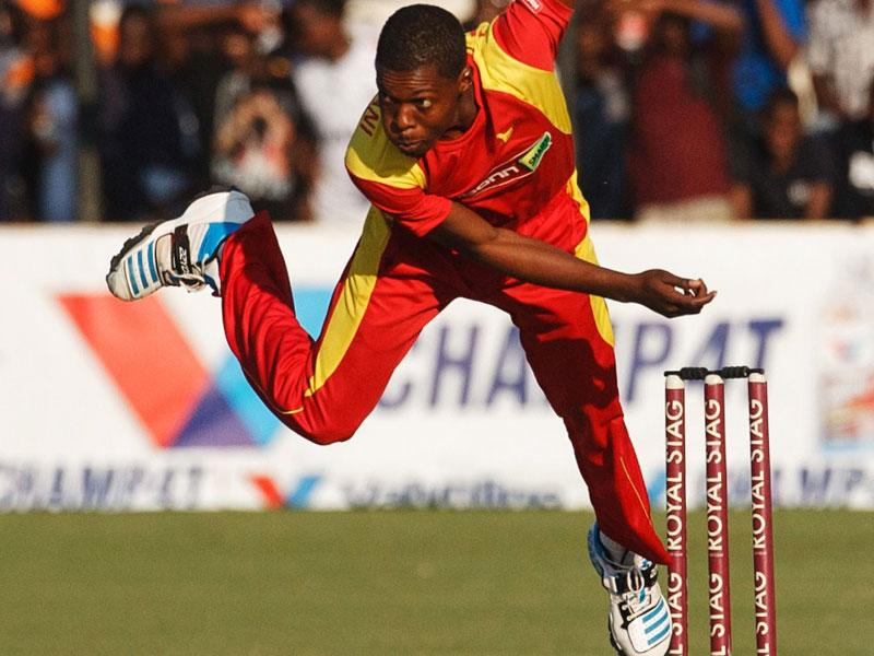 Taurai Muzarabani's superb bowling display now enough for Colchester and East Essex