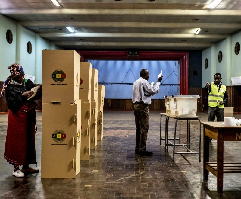 Zimbabwe poll records 75 percent voter turnout
