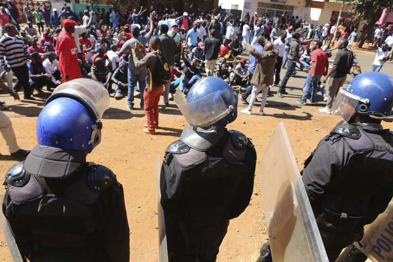 MDC Alliance supporters in street protests as Zanu PF wins Parliament