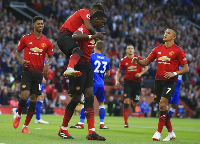 Pogba leads Man Utd to winning Premier League start