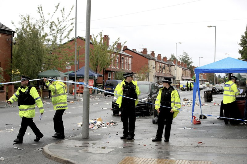 UK: Manchester police say 10 people injured in Sunday shooting