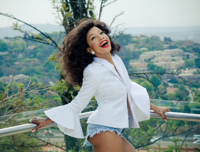 Kelly Khumalo claims brother-in-law made false performance booking in her name