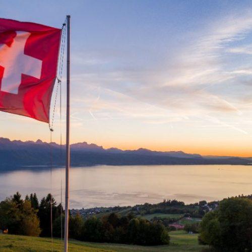 Muslim couple denied Swiss citizenship over handshake refusal