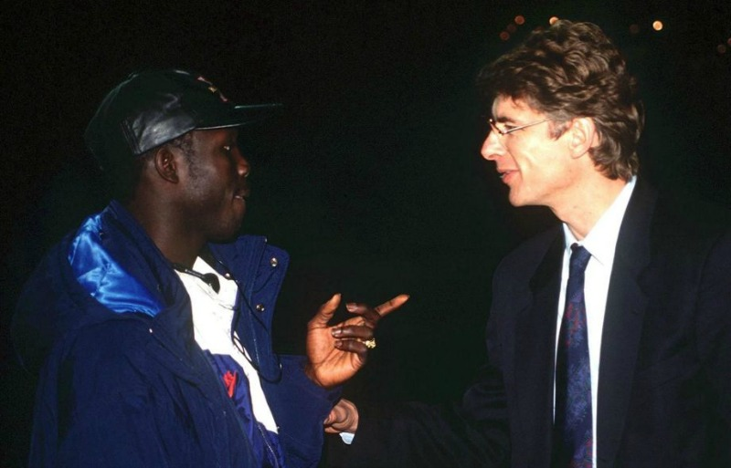 Furore as Liberian President George Weah honours ex-coach Arsène Wenger