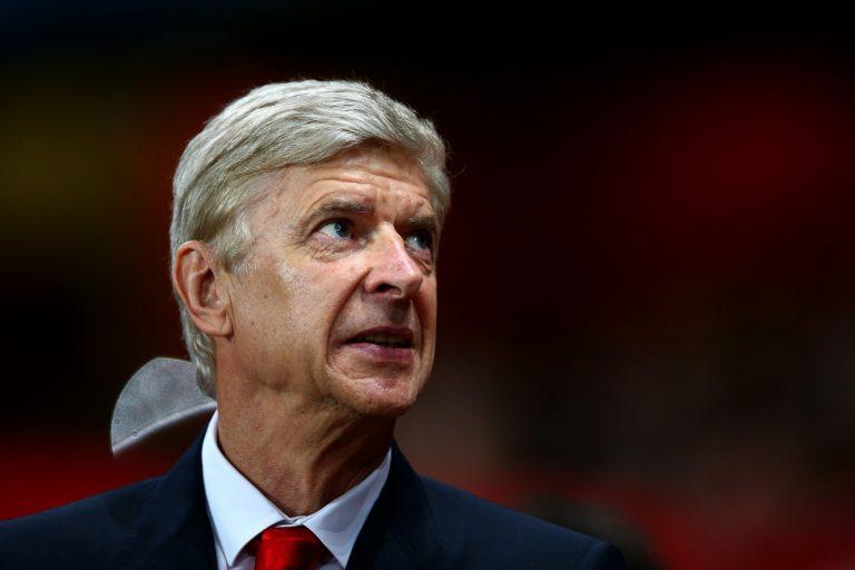 Arsène Wenger gets hero's welcome in Liberia