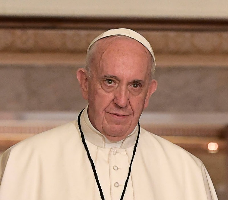 Pope apologises for Catholic Church 'crimes' in Ireland